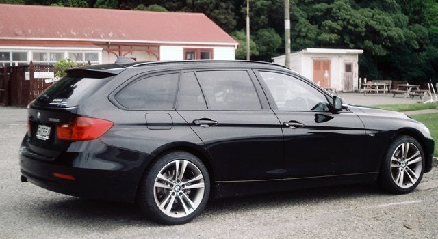 Lucire Living The Gentle Touch The Bmw 320d Xdrive Touring